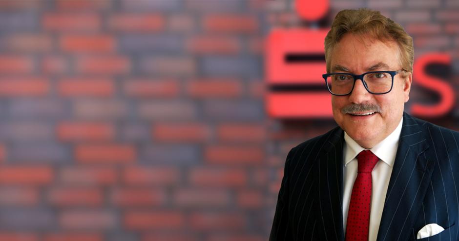 """""""Wir sind da. Wir erfüllen unsere Aufgabe."""" – Interview mit dem Vorstandsvorsitzenden der Sparkasse Südholstein, Andreas Fohrmann"""